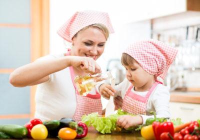 Як готувати з дітьми? Топ-5 порад від GastroGuide
